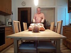 Ебля на кухне пожилой семейной пары