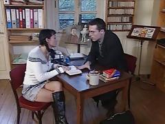 Учитель немецкого языка трахает Румынскую школьницу