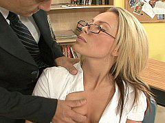 Училка ебется с лысым профессором