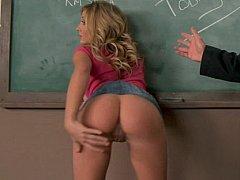 Молодуха трахается с профессором